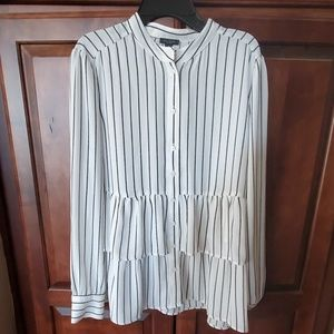 Ann Taylor Factory Blouse SZ MD New without Tags